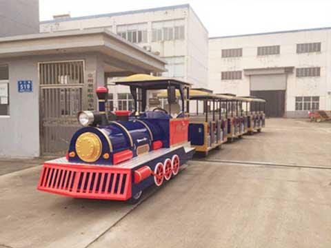 Trackless Train for Australia Parks