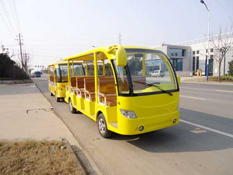 Yellow Electric Trackless Train for Australia