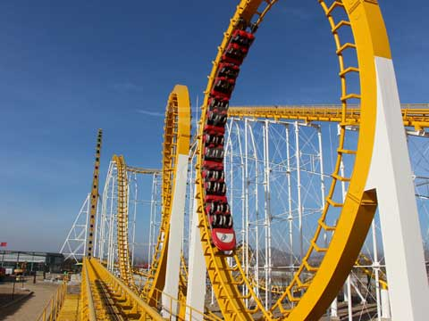 6 Ring Roller Coaster
